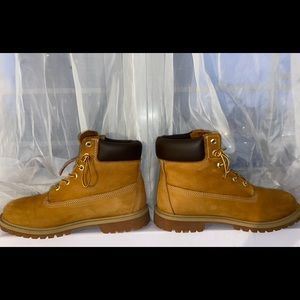 """Timberland 6"""" Wheat Construction Boots"""